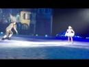 Снежный Король , шоу Евгения Плющенко (ноябрь 2014 г.): Кай (Джонни Вейр) и Герда (Ирина Слуцкая).