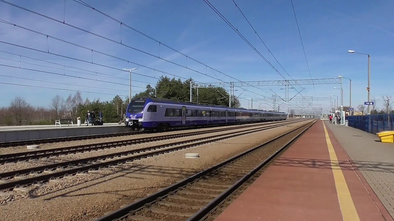 Stacja PKP Włoszczowa Północ EIP EIC IC TLK