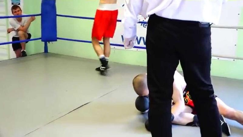Grigorijs Dunecs VS Rihards Inozemcevs (Knock Out) proboxing.eu