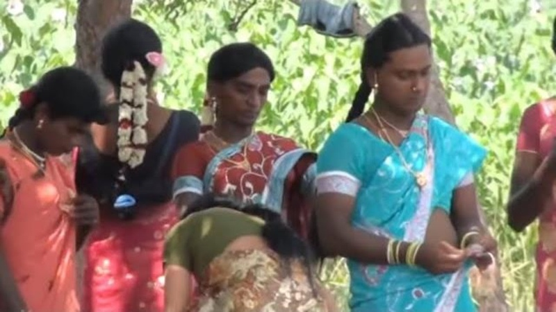 Koothandavar temple festival thirunangai dance video at villupuram