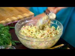 Домашняя кухня. Драники из квашеной капусты и дачный салат