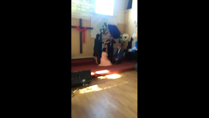 Брак в церкви ПЕНУЭЛ ЦенрПробуждения