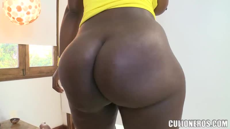 Трахнул негритянку до оргазма и кончил в рот, sex black girl ebony milf