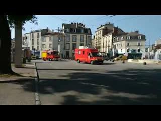 Limoges ce matin. vive la lutte des pompiers pour le maintien de leurs droits ! 💪.mp4