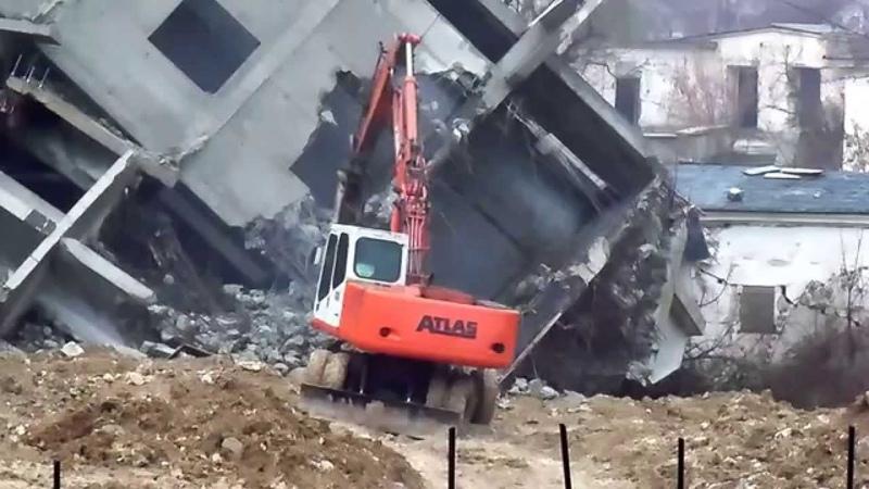 Atlas 1404, Komatsu PW170, Hyundai 140W-7