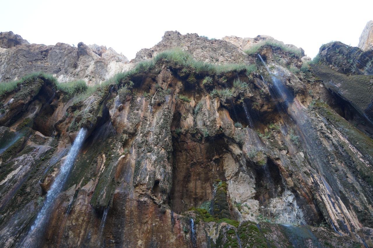 Моргунский водопад в Иране