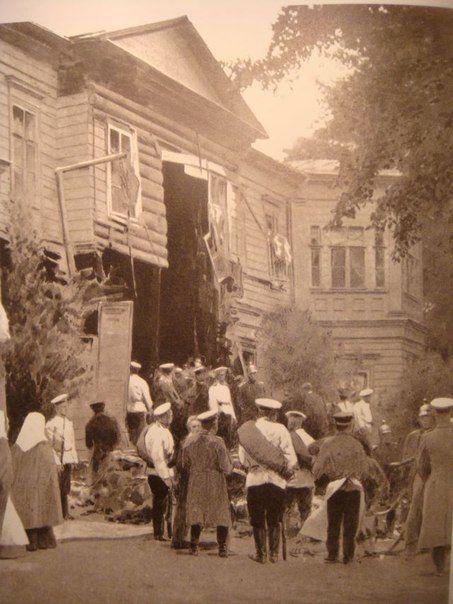 25 августа 1906 года совершена попытка покушения на главу русского правительства П