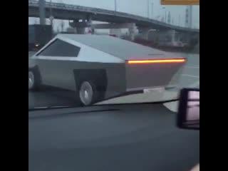 Tesla Cybertruck в России NR