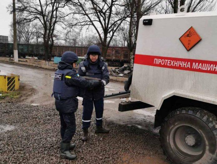 На меткомбинате в Мариуполе найден тайник с артснарядами и минами