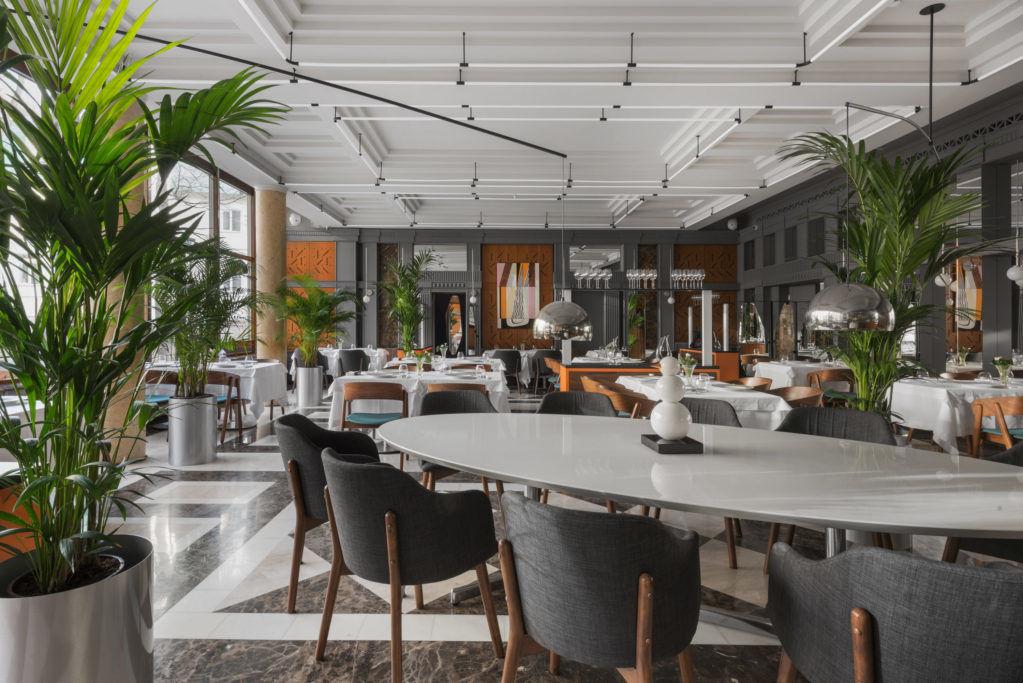 Новый зал ресторана Regent by Rico по проекту бюро Wowhaus