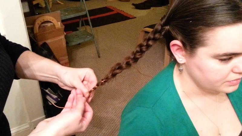 Женская прическа империи Каролингов (Carolingian Hair Binding How To)
