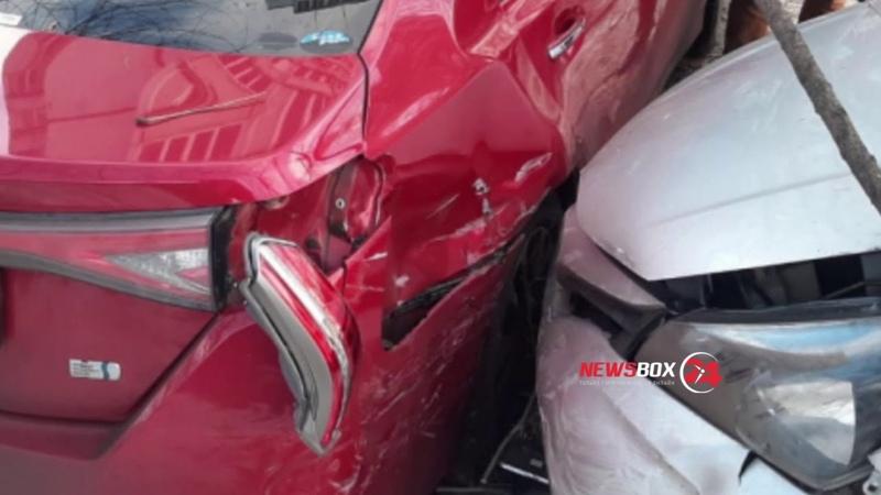 Злостный автонарушитель разбил три автомобиля и покалечил свою пассажирку