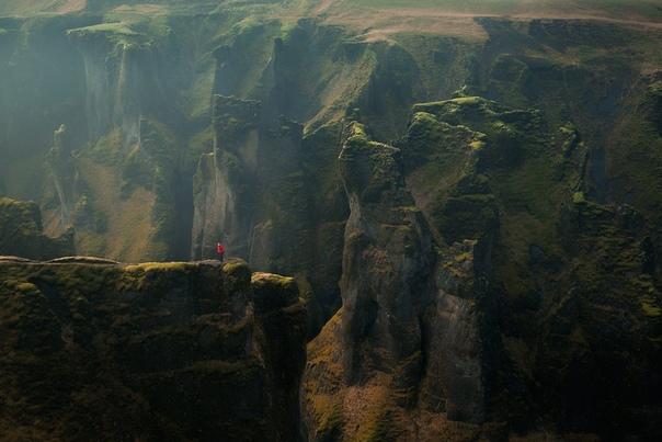 Зеленый каньон Фьядрарглуфюр в Исландии