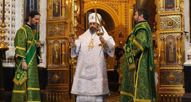 Кинокомпания «Союз Маринс Групп» поздравила епископа Клинского Стефана с Рождественским торжествами