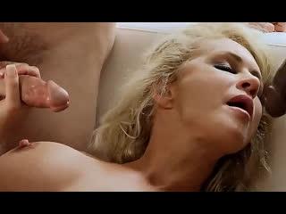 ПОРНО --ЕЙ 47 -- КОГДА МНОГО МУЖИКОВ ТЁЩА КРИЧИТ -- мжмм -- gangbang -- milf porn mature --  Ryan Conner