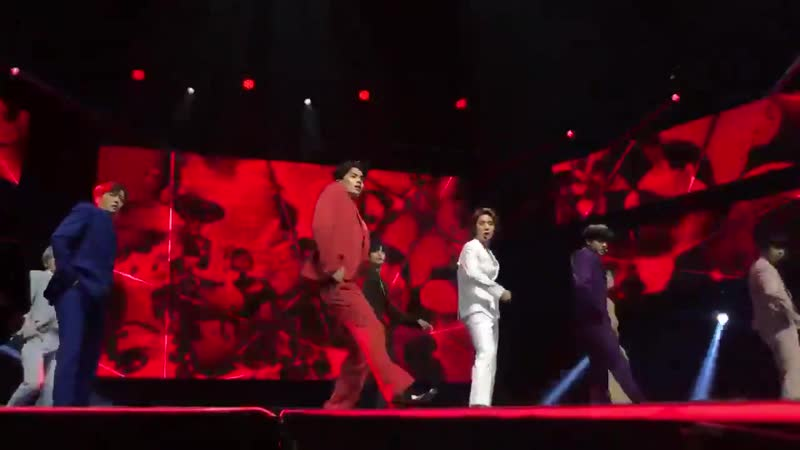 [FANCAM] 190708 SF9 - Love Shot (cover EXO) Special Stage @ KCON NY 2019 6