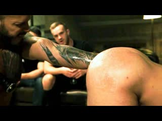 Публичный разъёб очка раба гей порно групповуха бдсм хуй в анал жёсткий секс ёбля фистинг