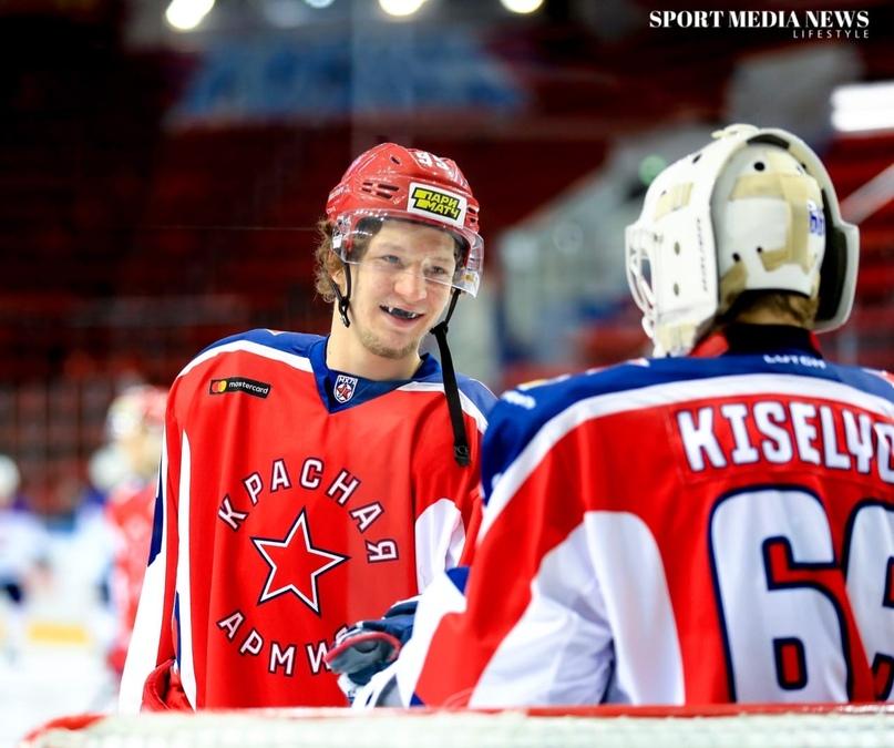 Егор Корбит: «Я бы хотел играть с братом в одной команде», изображение №10