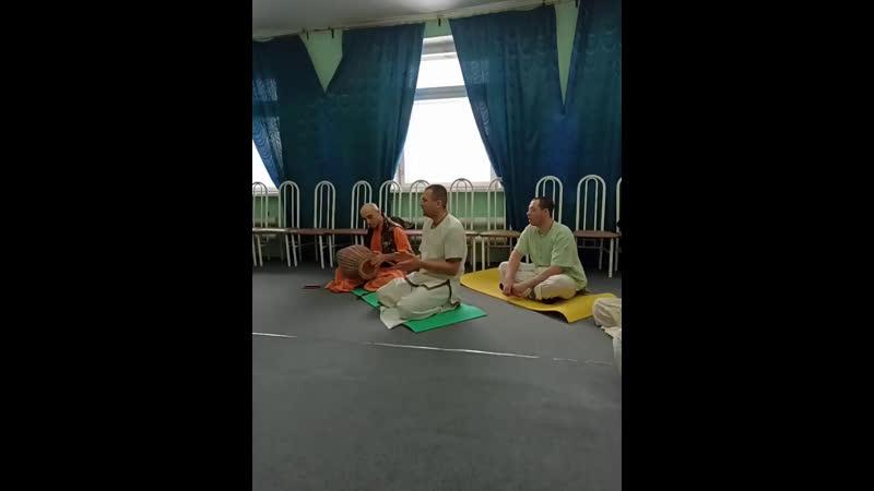 Киртан с Джагадишем Пандитом Прабху и гостями из Новопольска 1 марта 2020 г ка