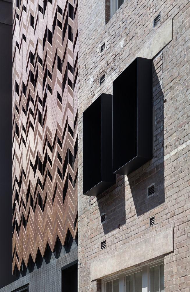 Paramount House Hotel / Breathe Architecture