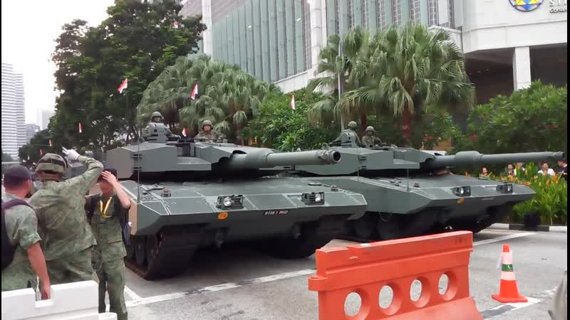 Singapore Leopard 2SG MBTs and Hunter AFVs National Day Parade 2019 Rehearsal Holding Area [1080p]