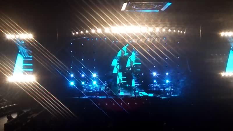 Eros Ramazzotti - Piu' bella cosa(live Санкт-Петербург)