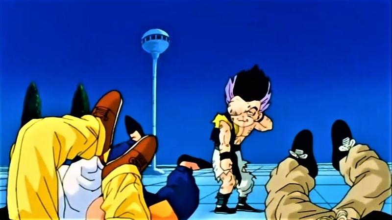 Gotenks toma uma surra ao achar que venceria Boo sem se transformar Dragon Ball Z