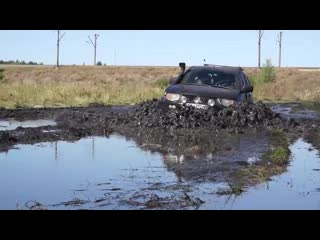 MITSUBISHI L200 vs NIVA in MUD [EXTREME OFF Road]