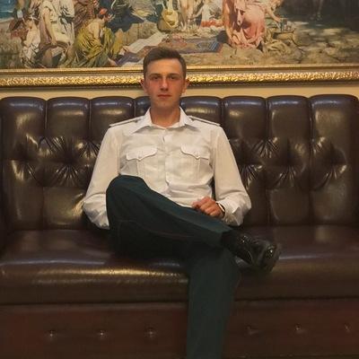 Павел Леонидович