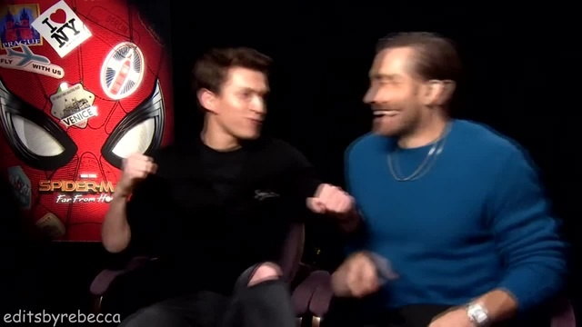 Tom holland getting scared coub