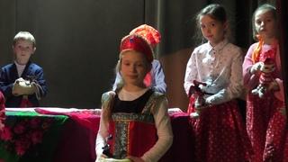 """Кукольный спектакль """"Репка на новый лад"""" по мотивам русской народной сказки."""