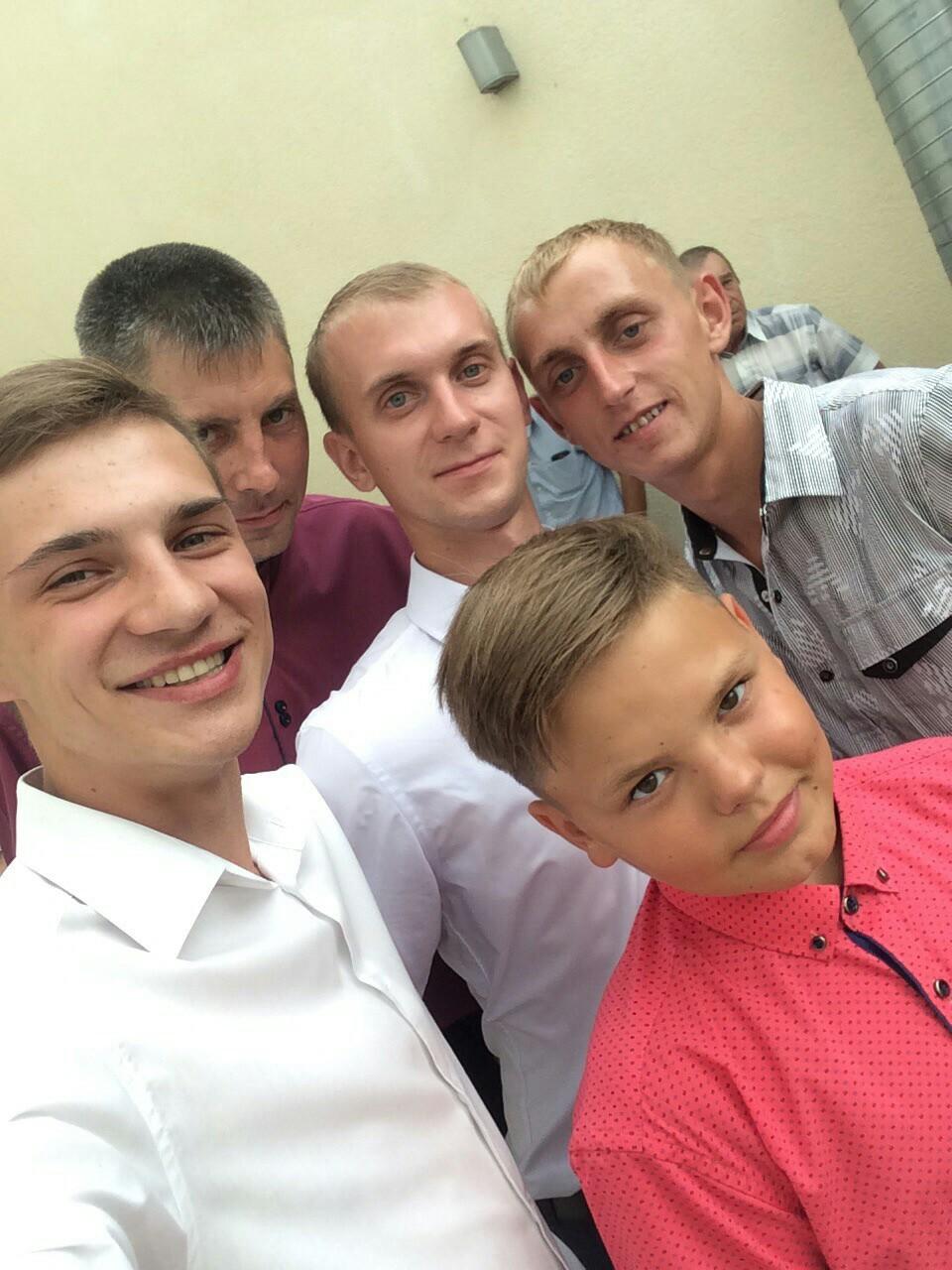 Александр, 25, Vyksa