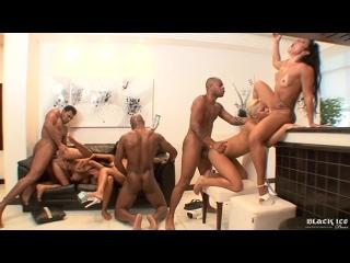 Phat Azz Brazilian Orgy 6 - (Scene 1) [Anne Castro, Belinha Baracho, Marcellinha Moraes, Melissa Pitanga, Monica Santhiago]