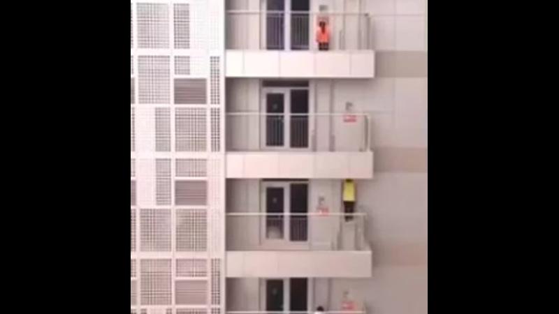 Идея для пожарной лестницы. Каждый житель сможет оперативно...