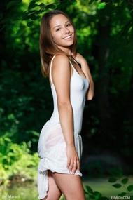 Arina F