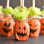 Как оригинально упаковать конфеты и сладости на Хэллоуин своими руками — МК и идеи