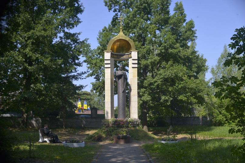 Памятный знак «Часовня на месте Божьей помощи в день Невской битвы»