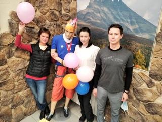 Сотрудники МАНАРАГИ на Комсомольской, 7 (Екатеринбург) присоединяются к празднику: