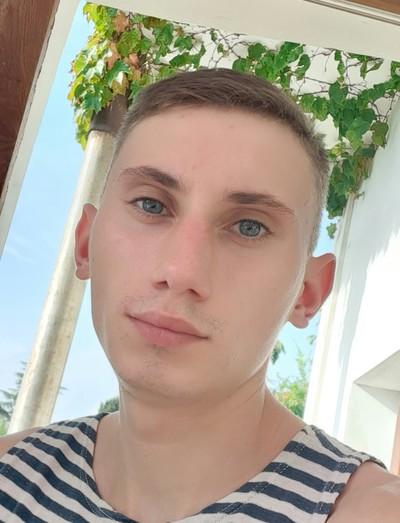 Михаил Крымский