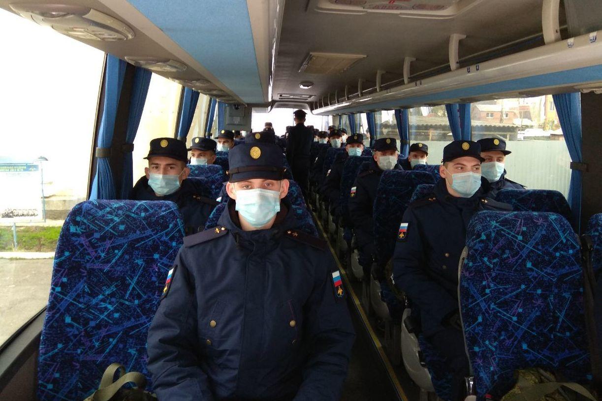 Первые призывники Ростовской области отправились к местам несения службы