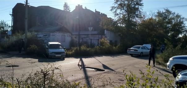 Сегодня утром в Троицке произошло ДТП на перекрест...