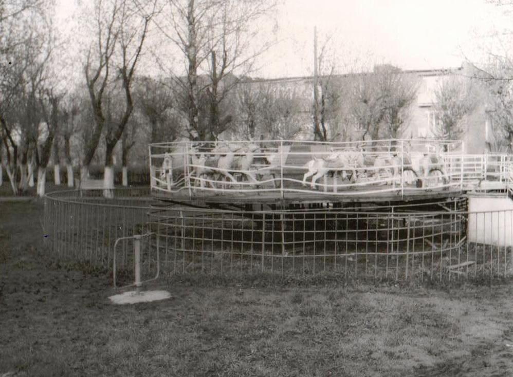 #МожгаНеСегодня Детский парк, 1987 г.  Фото: