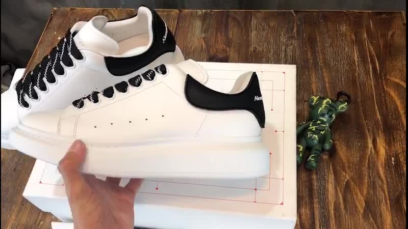 Alexander McQueen Oversized Sneakers Original