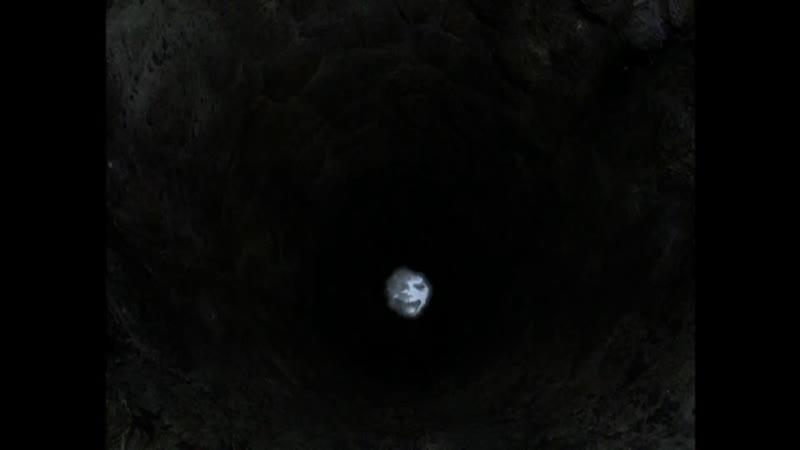 Существо из колодца преследует девочку Отрывок из сериала Боишься ли ты темноты