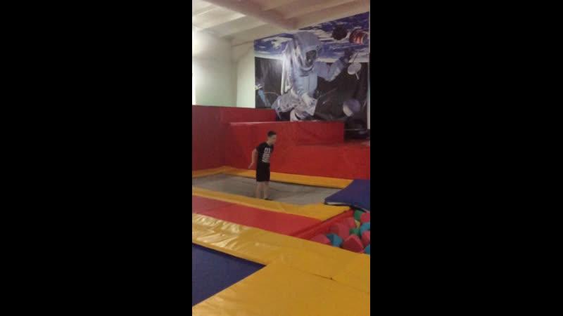 Прыжок в кубики