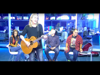 Interview with justin sullivan of new model army on the brazillian tv