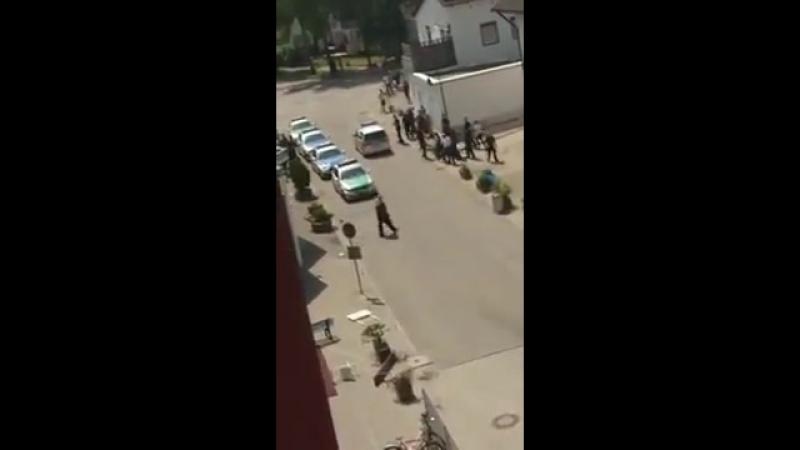 Waldkraiburg - Stundenlange schwere Krawalle und Angriffe auf Polizisten in Asylbewerberunterkunft
