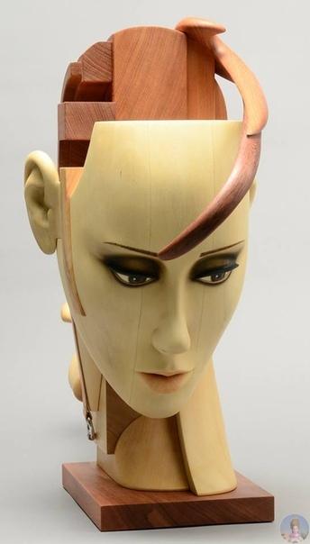 Скульптор John Morris
