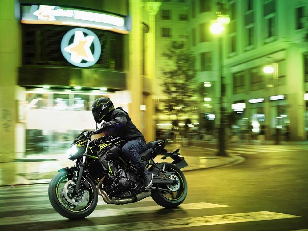 Промо видео Kawasaki Z650 2020 (+несколько фото)