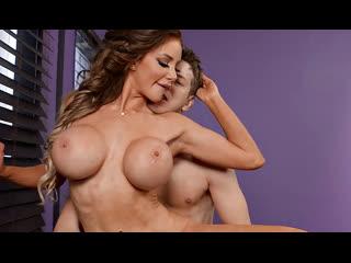 ПОРНО -- ЕЙ 32 -- ГЛАМУРНАЯ БЛЯДОТА РАДУЕТ ПАРНЯ СВОИМИ СИСЬКАМИ -- porn sex milf --  Nicolette Shea
